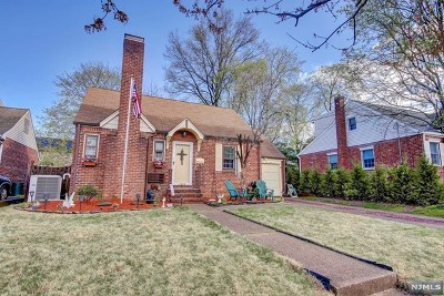 Fair Lawn Single Family Home Under Contract: 39-29 Wenonah Drive