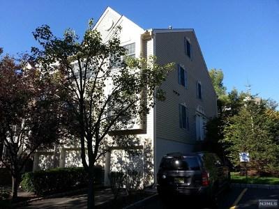 Ramsey Condo/Townhouse Under Contract: 658 Richmond Court