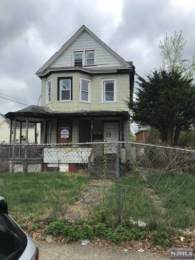 Hackensack Single Family Home Under Contract: 105 Gamewell Street