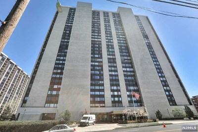 Fort Lee Condo/Townhouse Under Contract: 1500 Palisade Avenue #23c