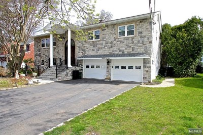 Fair Lawn Single Family Home Under Contract: 13-41 Henrietta Court
