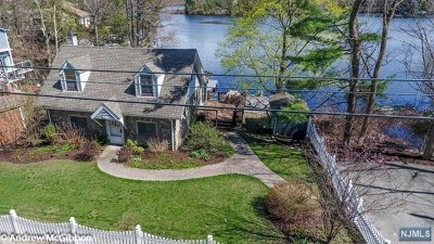 West Milford Single Family Home Under Contract: 628 Warwick Turnpike