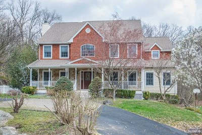 Morris County Single Family Home Under Contract: 62 Denise Drive