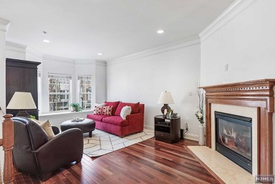 Hudson County Condo/Townhouse Under Contract: 50 Mallard Place