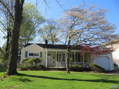 Fair Lawn Single Family Home Under Contract: 33-16 Halsey Road