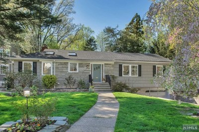 Essex County Single Family Home Under Contract: 132 Norwood Avenue