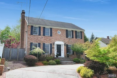 Little Falls Single Family Home Under Contract: 132 Long Hill Road