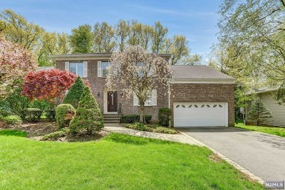 Bergen County Single Family Home Under Contract: 23 Kimberly Way