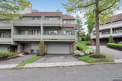Leonia Condo/Townhouse Under Contract: 88 Meadowview Court