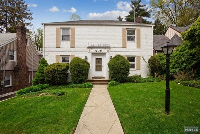 Teaneck Single Family Home Under Contract: 609 Wyndham Road