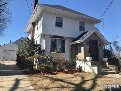 Cliffside Park Single Family Home Under Contract: 19 Everett Place