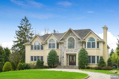 Upper Saddle River Single Family Home Under Contract: 8 Possum Trail