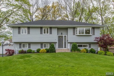 Wayne Single Family Home Under Contract: 47 Rolling Hills Drive