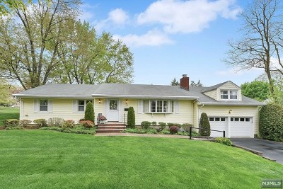 Wyckoff Single Family Home Under Contract: 100 Wyckoff Avenue