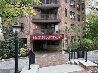 Fort Lee Condo/Townhouse Under Contract: 1450 Palisade Avenue #3b