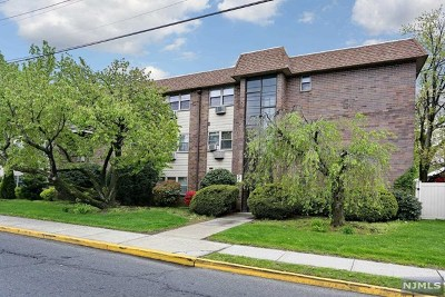 Bergen County Condo/Townhouse Under Contract: 199 Bergen Turnpike #2j
