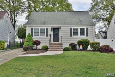 Pompton Lakes Single Family Home Under Contract: 109 Jamlin Street