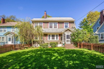 Essex County Single Family Home Under Contract: 252 Grove Street