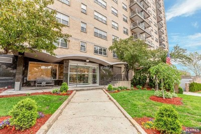 Hudson County Condo/Townhouse Under Contract: 7100 Boulevard East #1a