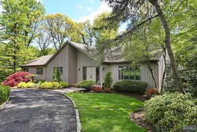 Woodcliff Lake Single Family Home Under Contract: 104 Kenwood Drive