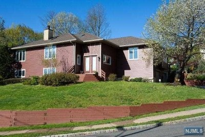 Essex County Single Family Home Under Contract: 83 Fairway Avenue