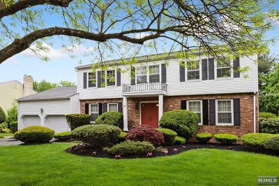 Paramus NJ Single Family Home Under Contract: $799,000