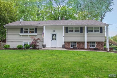 Wayne Single Family Home Under Contract: 8 Prince Court