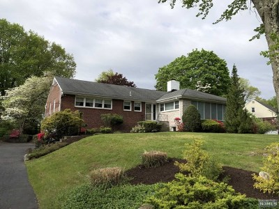 Woodcliff Lake Single Family Home Under Contract: 34 Shaw Road