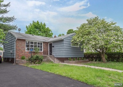 Passaic County Single Family Home Under Contract: 323 Rutherford Boulevard