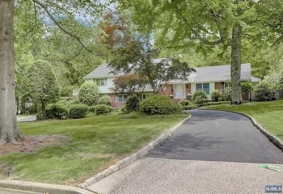 Englewood Single Family Home Under Contract: 345 Maple Street