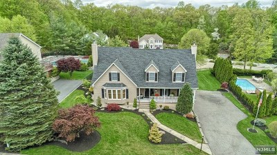 Bloomingdale Single Family Home Under Contract: 105 Natalie Court