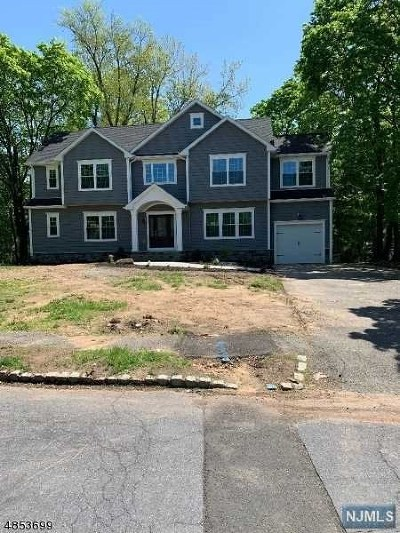 Essex County Single Family Home Under Contract: 68 Martin Road