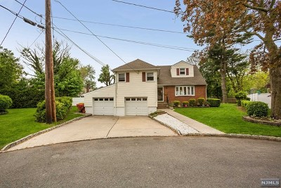 Englewood Single Family Home Under Contract: 93 Marilyn Court