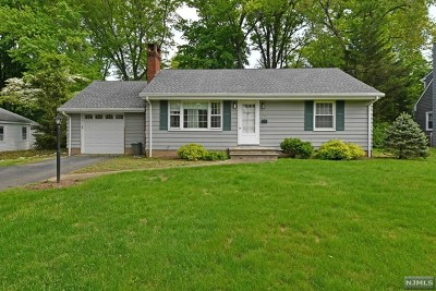 Wyckoff Single Family Home Under Contract: 377 Dorothy Lane