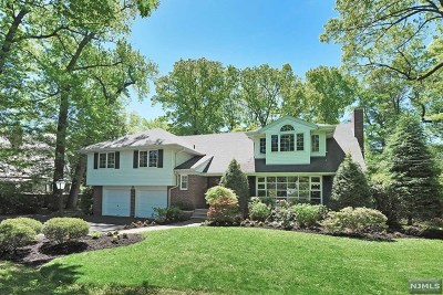 Englewood Single Family Home Under Contract: 324 Oakwood Road