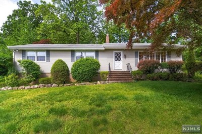 Hawthorne Single Family Home Under Contract: 156 Goffle Hill Road