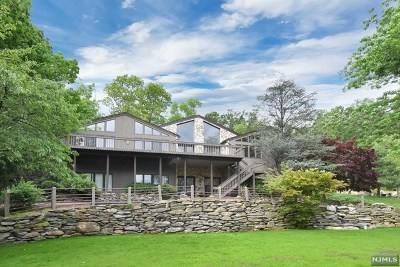 Morris County Single Family Home Under Contract: 4 Old Lane