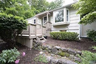 Oakland Single Family Home Under Contract: 75 Ramapo Hills Boulevard