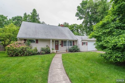 Pompton Lakes Single Family Home Under Contract: 42 Hamburg Turnpike