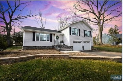 Hillsdale Single Family Home Under Contract: 32 Standish Road