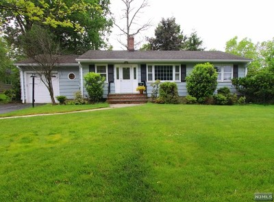 Passaic County Single Family Home Under Contract: 94 Jacobus Avenue