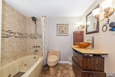 Morris County Single Family Home Under Contract: 69 Scenic Drive