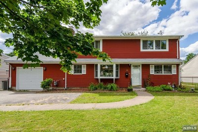Passaic County Single Family Home Under Contract: 15 Beverly Way
