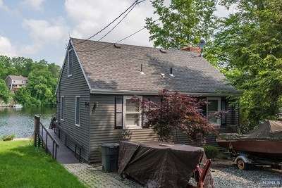 West Milford Single Family Home Under Contract: 179 Point Breeze Drive