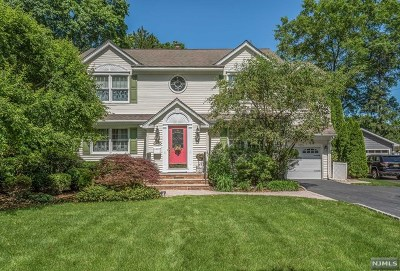 Glen Rock Single Family Home Under Contract: 208 Pinelynn Road