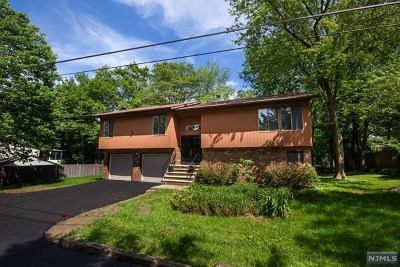 West Milford Single Family Home Under Contract: 170 Schofield Road
