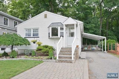 Passaic County Single Family Home Under Contract: 53 Ridge Place