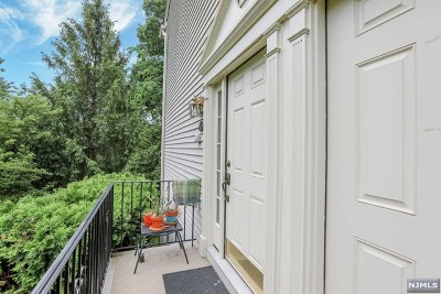 Ramsey Condo/Townhouse Under Contract: 864 Alexandria Court