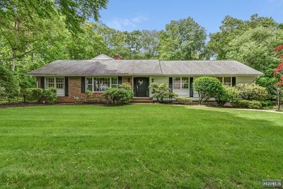 Allendale NJ Single Family Home Under Contract: $850,000