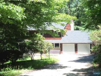 West Milford Single Family Home Under Contract: 24 Gould Road